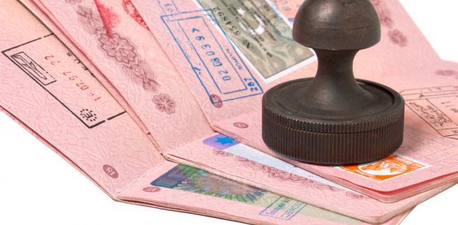 Paszporty, emigracja