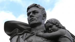 Pomnik Żołnierzy Radzieckich w Berlinie (Treptower Park)