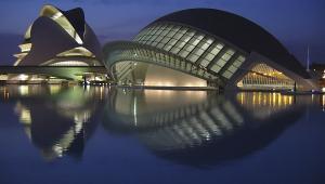 Miasteczko Sztuki i Nauki w Walencji, Hiszpania. Zdj. Chosovi, Creative Commons Uznanie autorstwa – Na tych samych warunkach 2.5