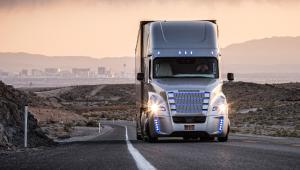 Freightliner Inspiration Truck podczas testów w Newadzie