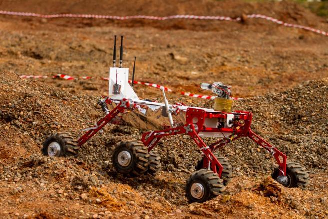 European Rover Challenge 2015, Łazik Next z Białegostoku. (cat) PAP/Michał Walczak
