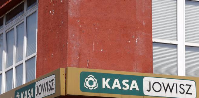 """Siedziba Spółdzielczej Kasy Oszczędnościowo-Kredytowej """"Jowisz"""" w Czeladzi, 22 bm. Komisja Nadzoru Finansowego zawiesiła działalność kasy, bo jej aktywa nie wystarczają na zaspokojenie zobowiązań."""