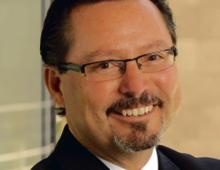 """Chip Espinoza specjalista od zarządzania kapitałem ludzkim, kierownik programu psychologii pracy i organizacji na Concordia University Irvine, współautor książki """"Milenialsi w pracy"""" (Studio Emka i Deloitte, 2016) University of California"""
