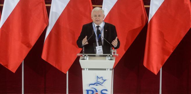 Prezes PiS Jarosław Kaczyński, podczas konferencji prasowej w Warszawie.