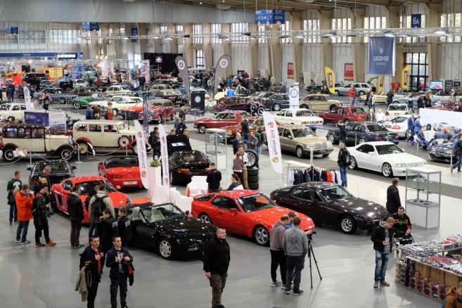 Targi Pojazdów Zabytkowych Retro Motor Show <br><small>fot. (zuz) PAP/Jakub Kaczmarczyk</small>