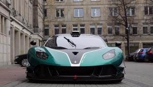 Przewaga Arrinery nad innymi samochodami wyścigowymi ma polegać na relacji jakości do ceny