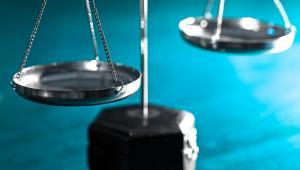 Procedura egzekucyjna jest uregulowana w odrębnej ustawie niż procedura orzecznicza, którą ustala k.p.a.