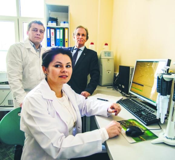 Dr Tomasz Jurczak, dr Iwona Wagner, prof. Maciej Zalewski fot. Marek Szybka