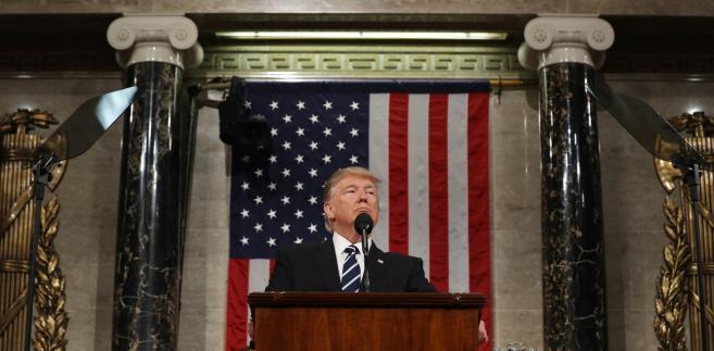 Donald Trump podczas wystąpienia na połączonej sesji izb Kongresu