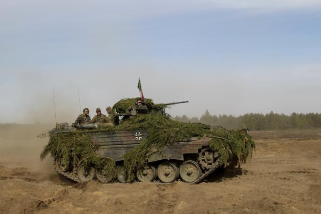 Ćwiczenia w Podbrodziu na Litwie. Transporter opancerzony Marder