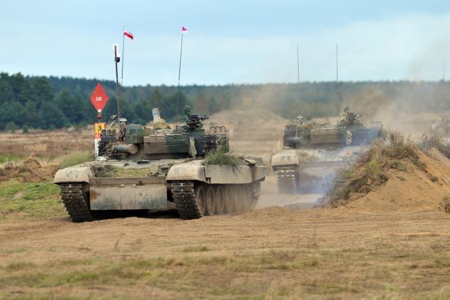 Ćwiczenia taktyczne z wojskami Dragon-17 na Poligonie Drawskim.  (mb/mr) PAP/Marcin Bielecki