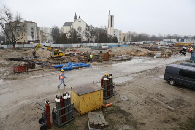 Budowa stacji Targówek II linii metra w Warszawie. (nlat) PAP/Rafał Guz