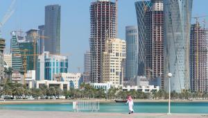 Katar stanie się jednym z największych udziałowców czołowego niemieckiego koncernu budowlanego Hochtief. Rada nadzorcza spółki postanowiła wyemitować nową serię akcji, dzięki której Qatar Holding przejmie za 400 mln euro 9,1-proc. udział w firmie. Za zdj. Katar Fot. Shutterstock.