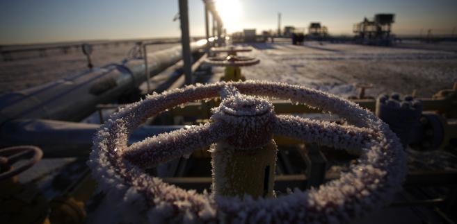 Gazociąg należący do Gazpromu na Półwyspie Jamalskim