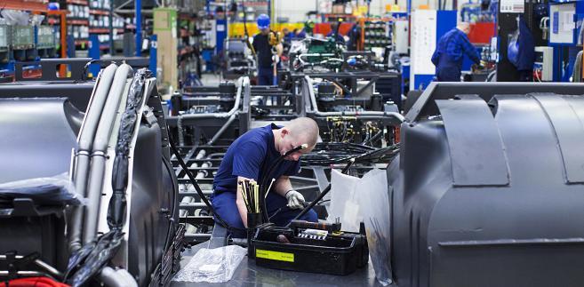 Montaż autobusów Volvo w fabryce we Wrocławiu (1)