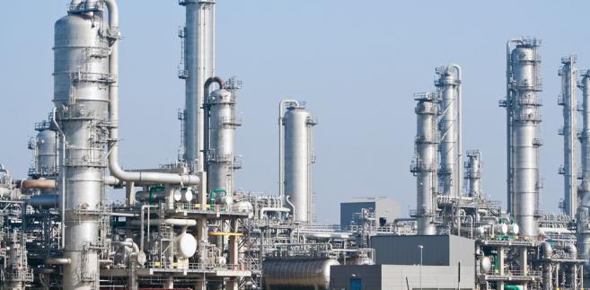 Rafineria przy porcie