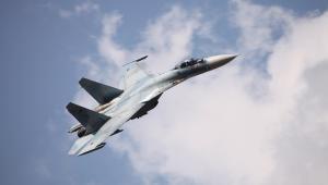 Samolot Su-27. Autor: Vitaly V. Kuzmin (CC BY-SA 3.0)