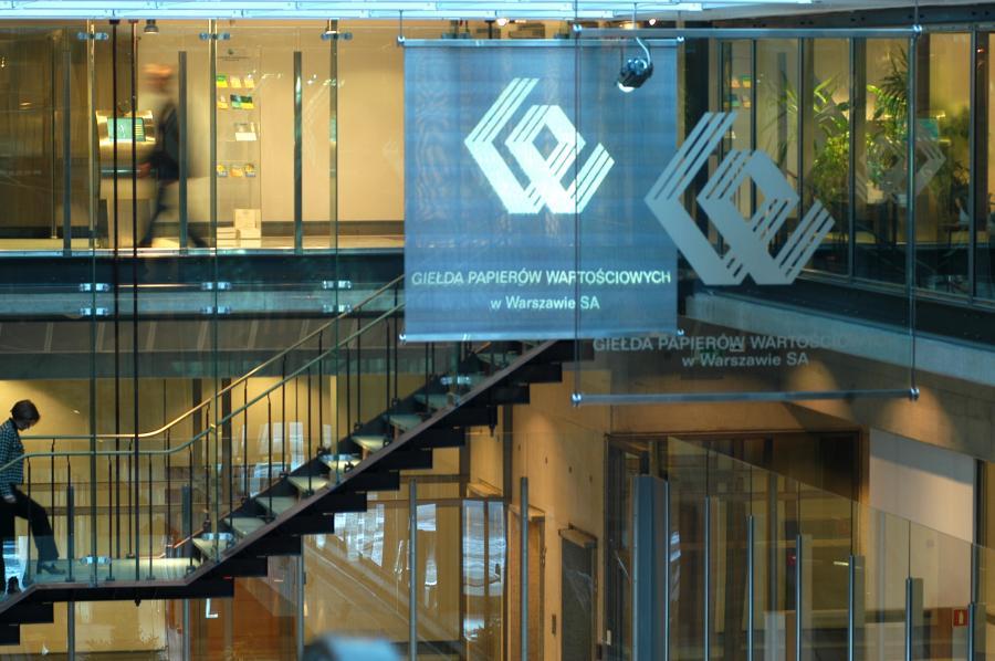 Wnętrze Giełdy Papierów Wartościowych w Warszawie. Fot. materiały GPW