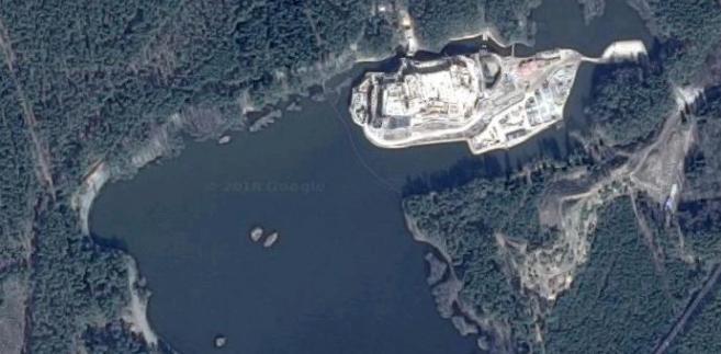 Stobnica, Puszcza Notecka - zdjęcie satelitarne budowanego zamku, Google Maps