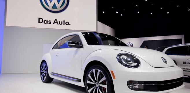 Nowe wydanie Volkswagen AG Beetle prezentowany na wystawie New York International Auto Show (NYIAS) w Nowym Jorku, USA