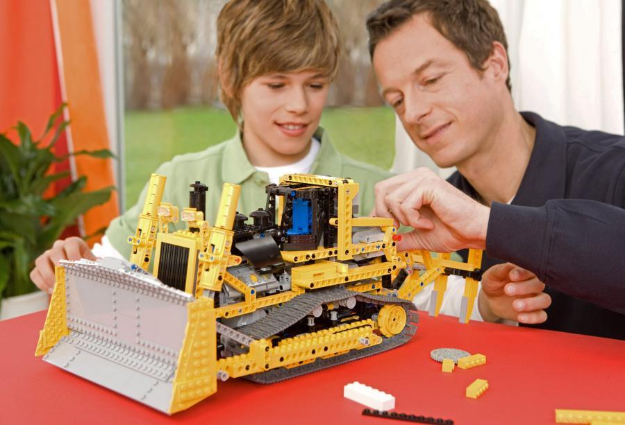 Rodzice traktują Lego, jak inwestycję. - twierdzi analityk rynku zabawek Chris Byrne