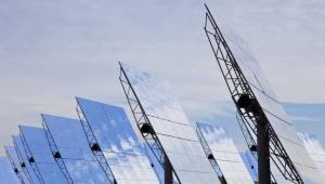 Solary, energia słoneczna, panele słoneczne Fot. Shutterstock